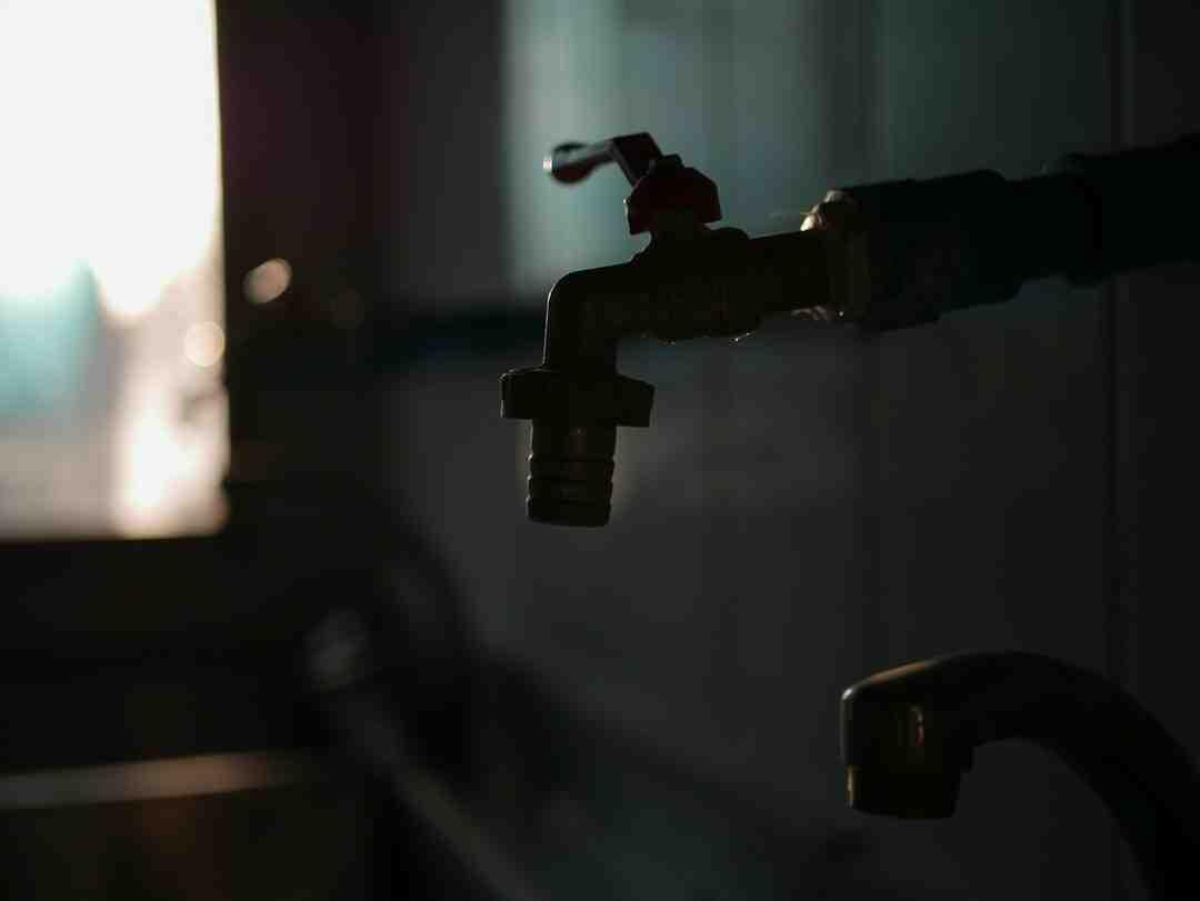 Comment installer plomberie lavabo
